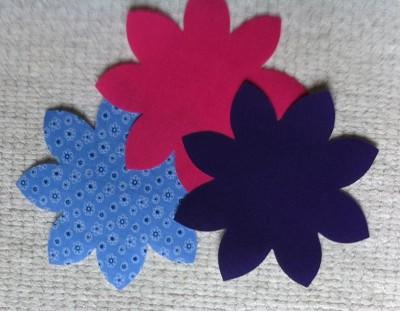 purplehotpinkblueditsyflowerssmall